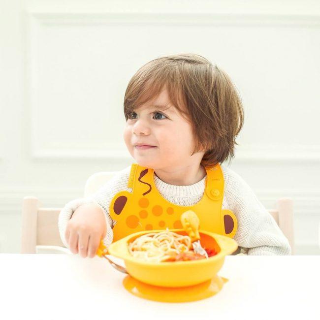 Σετ φαγητού βρεφικό σιλικόνης πιάτο & κουτάλι πηρούνι Toddler Καμηλοπάρδαλη Marcus & Marcus