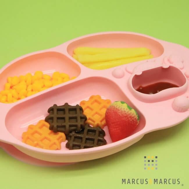 Πιάτο παιδικό Σιλικόνης με Βεντούζα Yummi DIP Marcus & Marcus Ροζ
