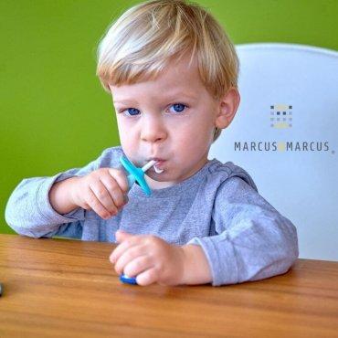 Μπλέ Βρεφική Οδοντόβουρτσα σιλικόνης με 3 στάδια ανάπτυξης σετ των 2 τμχ. marcus & marcus